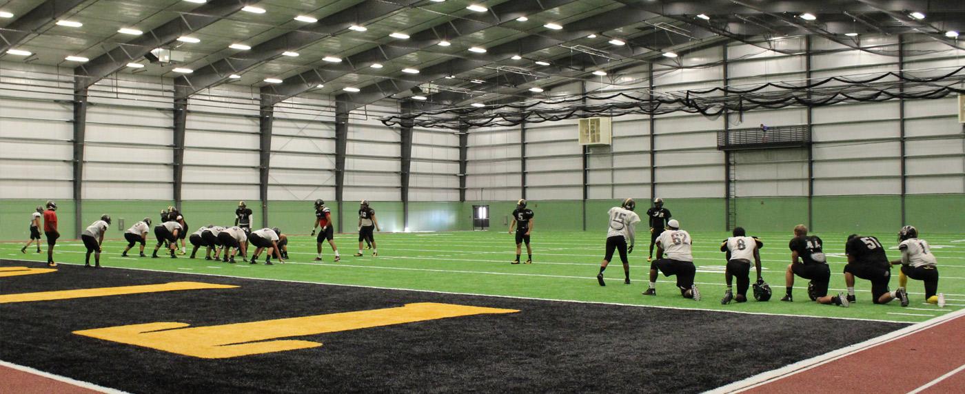 fhsu-indoor-practice-facility-large